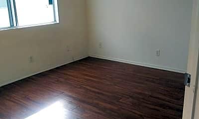 Bedroom, 5971 West Blvd, 0
