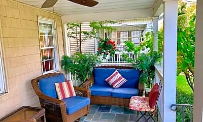 Patio / Deck, 404 2nd Ave, 1