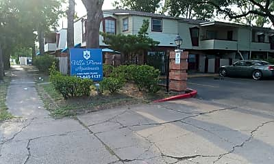 Villa Paree, 1