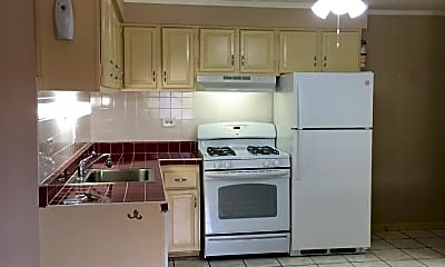 Kitchen, 1214 E Long Valley Dr, 0