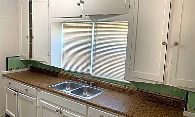 Kitchen, 520 32nd St, 0