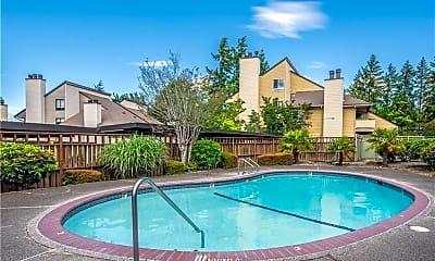 Pool, 2512 S 317th St, 2