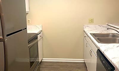Kitchen, 720 Powell Dr, 1