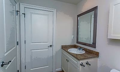 Bathroom, 312 Walnut St 408, 2