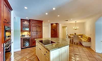 Kitchen, 506 Pine Grove Ln, 2