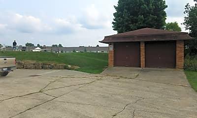 Heatherwood Lake Apartments, 2