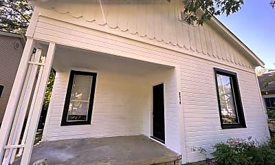 Building, 2218 S Park St, 0