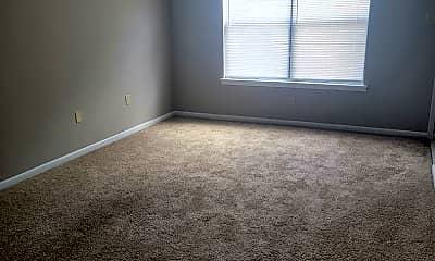Living Room, 939 S Main St, 1