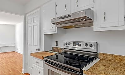 Kitchen, 806 18th Ave S, 1