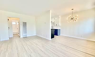 Living Room, 6402 S Victoria Ave, 0