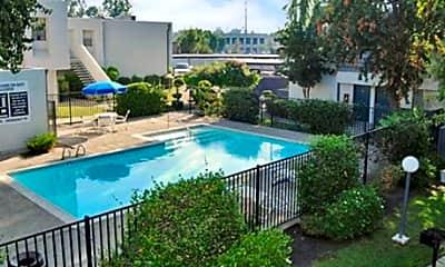 Pool, Santa Clarita, 2