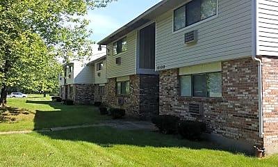 WM Properties, 0