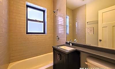 Bathroom, 2906 N Mildred Ave, 2