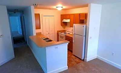 Kitchen, 848 S Chestnut St, 2