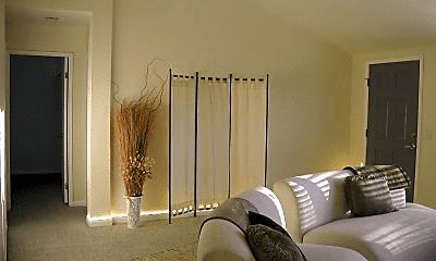 Living Room, 3335 Park Blvd, 1