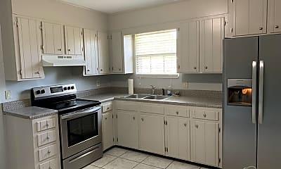 Kitchen, 5128 Teakwood Dr, 1