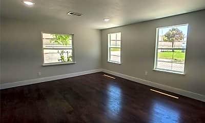 Living Room, 2321 Starks Ave, 1