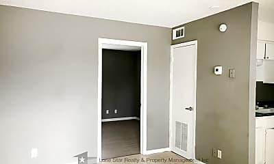 Bedroom, 420 N Gilmer St Apt 3, 1