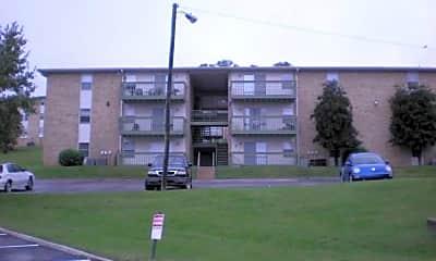 Building, Highland Ridge, 1