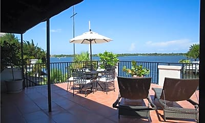 15 Royal Palm Pointe 5, 2
