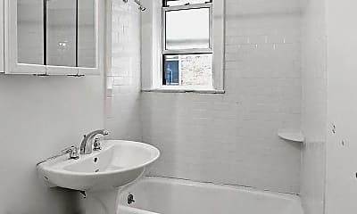 Bathroom, 39-11 62nd St 31, 2