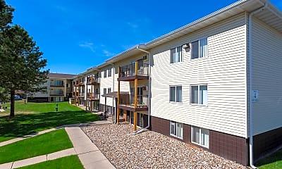 Canyon Lakes Apartments, 2
