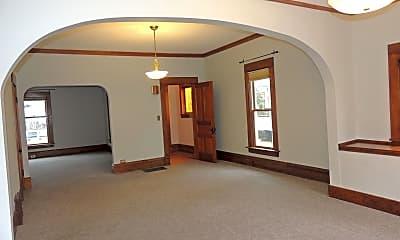 Bedroom, 105 N Elmwood Ave, 1