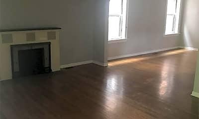 Living Room, 5041 Lindenwood Ave, 1