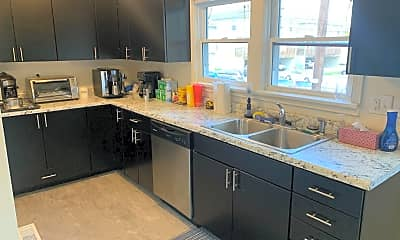 Kitchen, 526 N. Lincoln, 1