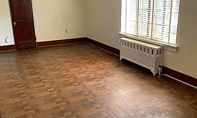 Living Room, 5 E Maplewood Ave 2, 1