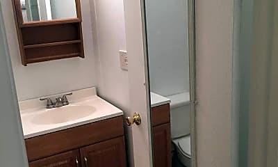 Bathroom, Colonial Manor Apartments, 2