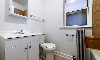 Bathroom, 1415 W 80th St, 2