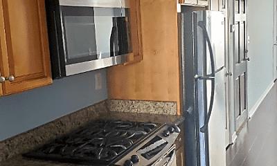 Kitchen, 24 17th St SE, 1