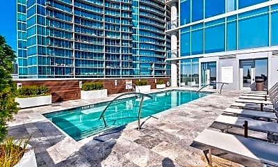 Pool, 1065 Peachtree St NE 2701, 2