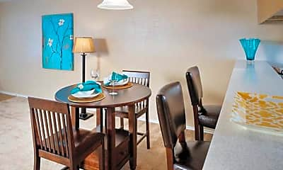 Dining Room, River Crossing Townhomes, 1