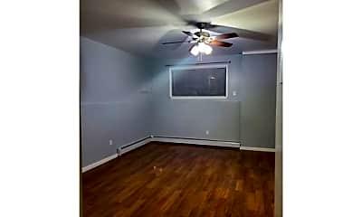 Bedroom, 134-37 160th St, 0