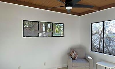 Living Room, 432 N Avenue 66, 2