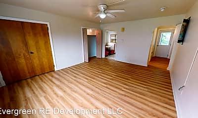 Kitchen, 540 W Newton St, 1