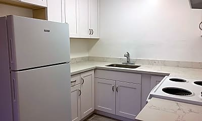 Kitchen, 586 Clarinada Ave, 0