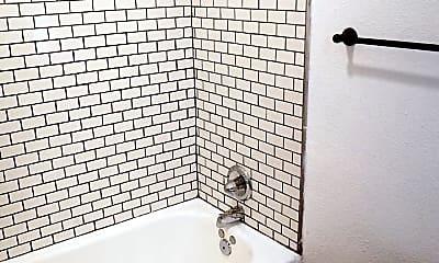 Bathroom, 500 E 6th St, 2