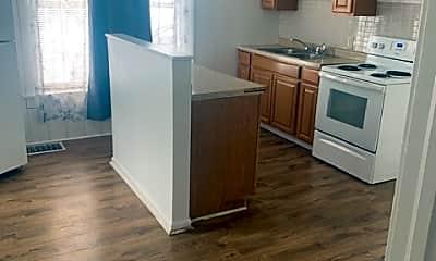 Kitchen, 806 W Linn St, 1