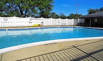 Pool, 2420 Parmenter Boulevard #103, 2