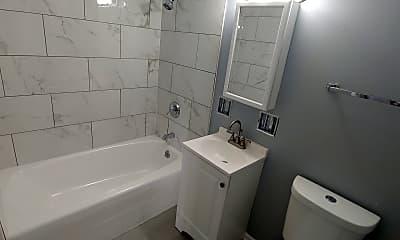 Bathroom, 2922 185th St, 2