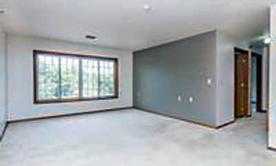 Living Room, 909 E 14th St, 1