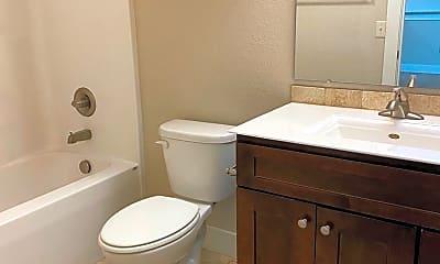 Bathroom, 4205 W 6th St, 2