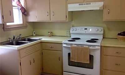 Kitchen, 795 Thomaston Rd B, 1