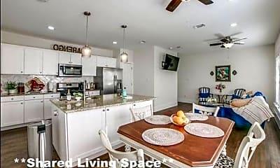Kitchen, 11998 Rochester Ave, 0