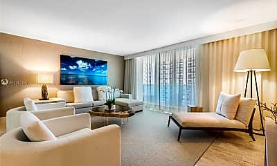 Living Room, 102 24th St 1115, 0