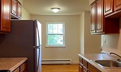 Kitchen, 220 Meadow Ln A7, 0
