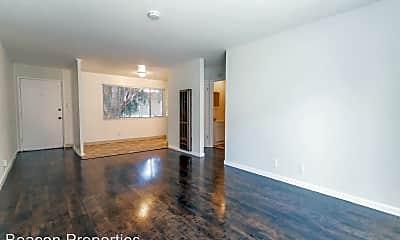 Living Room, 9309 Bancroft Ave, 1